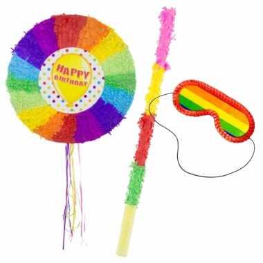 Pinata van een happy birthday ballon set met blinddoek en stok